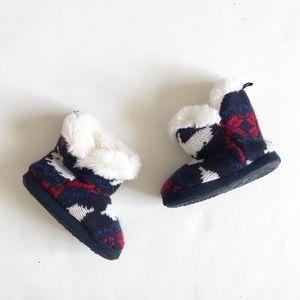Joe Fresh knit boot slippers EUC size M(8)